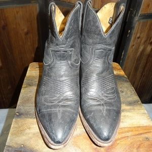 Frye Women's Black Low Leather Cowboy Boots Sz 7.5